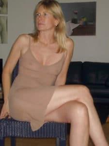 Marie-Joëlle, 48 ans, divorcée et intéressée par une rencontre cougar