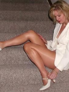 Belle cougar de 48 ans attend vos propositions de rencontres