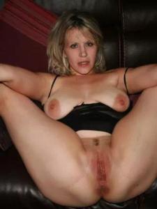 Jolie cougar de 54 ans toujours partante pour un plan sexe
